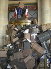 Les archives nationales en danger !